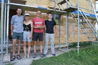 clubheim 20120630 schindeln 030